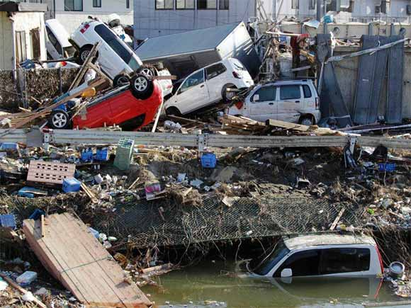 japan-earthquake/massive-japan-destruction.jpg
